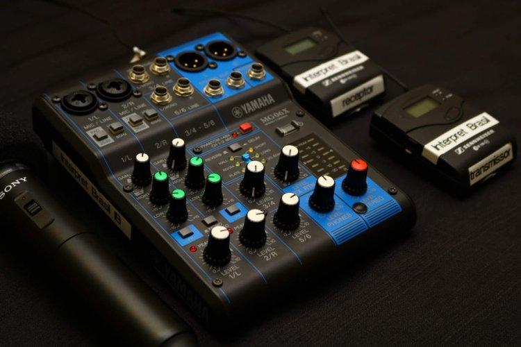 Kit Sonorização - Microfone, Mesa De Som Projeção